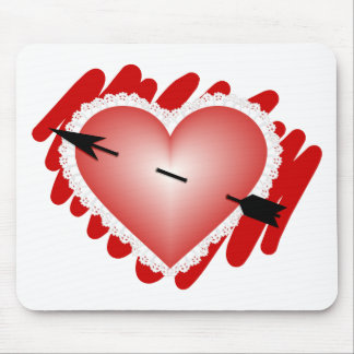 Classic Heart and Arrow Mouse Pad