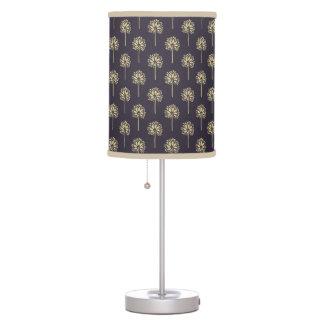 Classic oriental japanese dandelion tree pattern table lamp