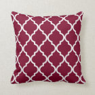 Classic Quatrefoil Pattern in Cranberry Red Throw Pillow