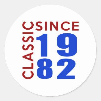 Classice Since 1982 Birthday Designs Round Sticker