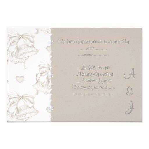 CLOCHE DE MARIAGE NEUTRE ÉLÉGANTE RSVP 2 AVEC LE C CARTONS D'INVITATION