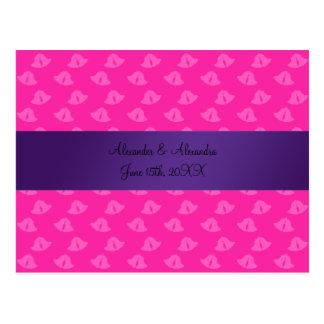 Cloches de mariage roses épousant des faveurs cartes postales