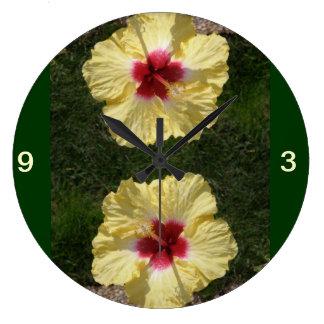 Clock 2 blooms