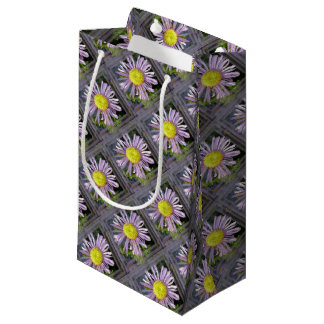 Close Up Lilac Aster With Bright Yellow Centre Small Gift Bag