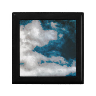 Clouds changing gift box