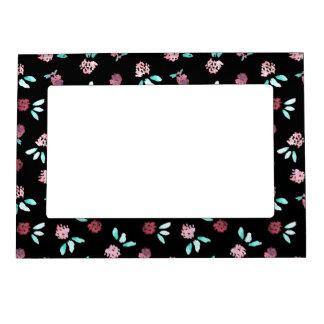 Clover Flowers Magnetic Frame