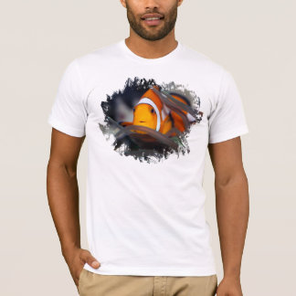 Clown-fish in anemone T-Shirt