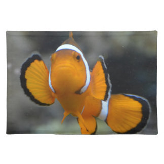 clownfish facing front placemat