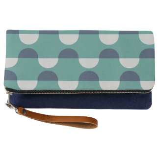 Coastal Waves Clutch