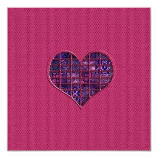 Coeur girly à la mode rose avec le matériel pourpr photographes