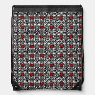 Coeurs rouges avec les étoiles noires et blanches sacs avec cordons