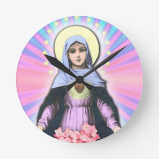 Collage Lady Mary - Gloria Sánchez Round Clock