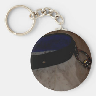COLLAR AND LEAD BASIC ROUND BUTTON KEYCHAIN
