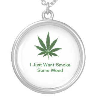 Collar Feasts Cannabis Round Pendant Necklace