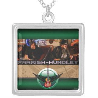 Collier de Parrish-Hundley
