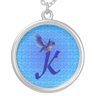 Collier décoré d'un monogramme de conception d'ois