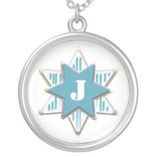 Collier d'initiale d'étoile bleue