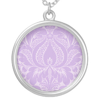 Collier floral d'imaginaire violet