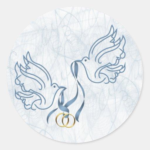 Colombes avec des anneaux de mariage sticker rond  Zazzle