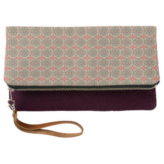 Colorful abstract ethnic floral mandala pattern de clutch