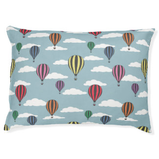 Colorful hot air balloons pet bed