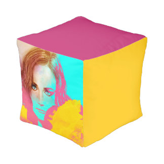 Colorful illustrated cubed pouf - Intense