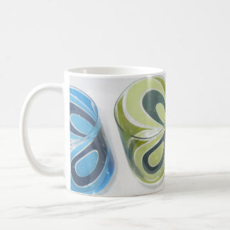 Colors and Pattern of Retro 11 oz Classic Mug