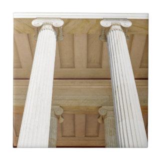 Columns Tile