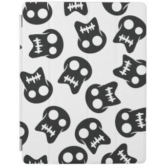 Comic Skull black pattern iPad Cover