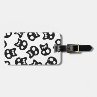 Comic Skull black pattern Luggage Tag