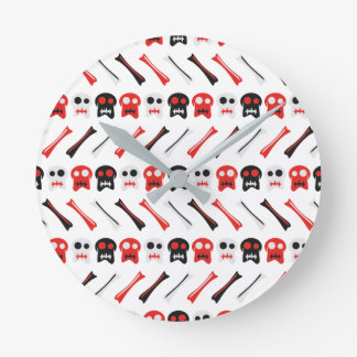 Comic Skull with bones colorful pattern Round Clock