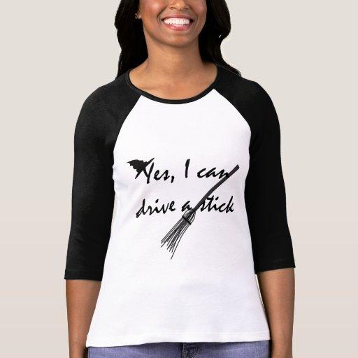Commande de sorcière un T-shirt drôle de Halloween
