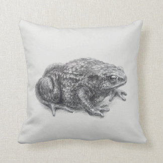 'Common toad (version without name)' Throw Pillow