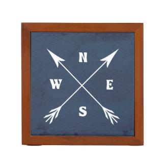 Compass arrows desk organizer