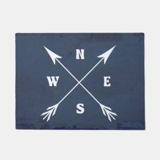 Compass arrows doormat