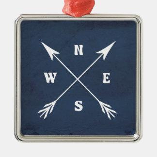 Compass arrows metal ornament
