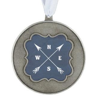 Compass arrows ornament