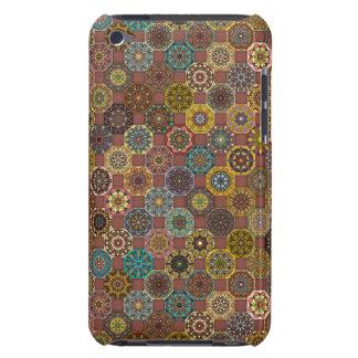 Conception abstraite colorée de motif de tuile coques barely there iPod