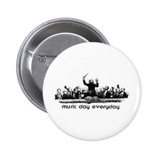 Conception d orchestre pour le jour de musique badge
