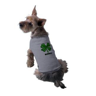 Conception de trèfle de quatre feuilles avec le tee-shirt pour chien