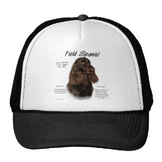 Conception d'histoire d'épagneul de champ casquette de camionneur