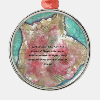 Conch shell metal ornament