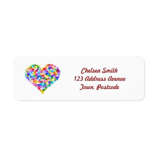 Confettis de coeurs d'arc-en-ciel étiquettes d'adresse retour