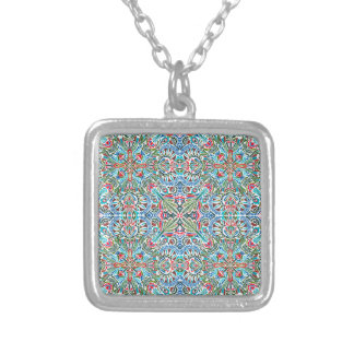 Connectivity - endless pattern silver plated necklace