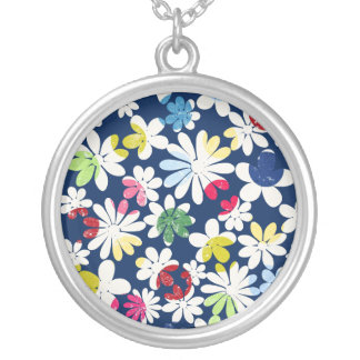 Contemporary Floral Pattern Round Pendant Necklace