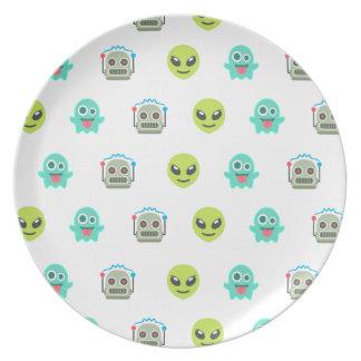 Cool Emoji Alien Ghost Robot Face Pattern Plate