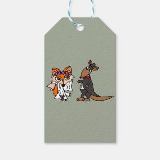 Cool Funny Fox Bride and Kangaroo Groom Wedding Gift Tags