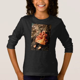 COOL HALLOWEEN [haunted dolls 2] T-Shirt