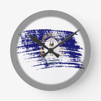 Cool Kentuckee flag design Round Clock