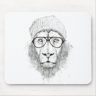 Cool lion (blackandwhite) mouse pad